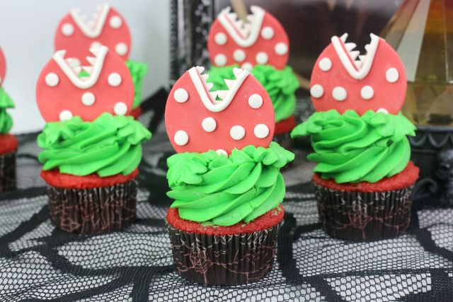 LIttle Shop of horror cupcakes ready to serve