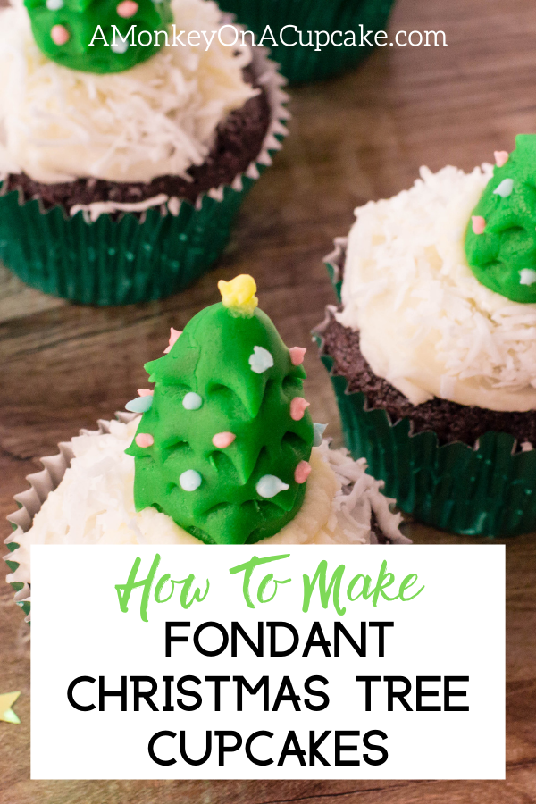 Tree Shaped Fondant Christmas Cupcake Toppers article cover image close up