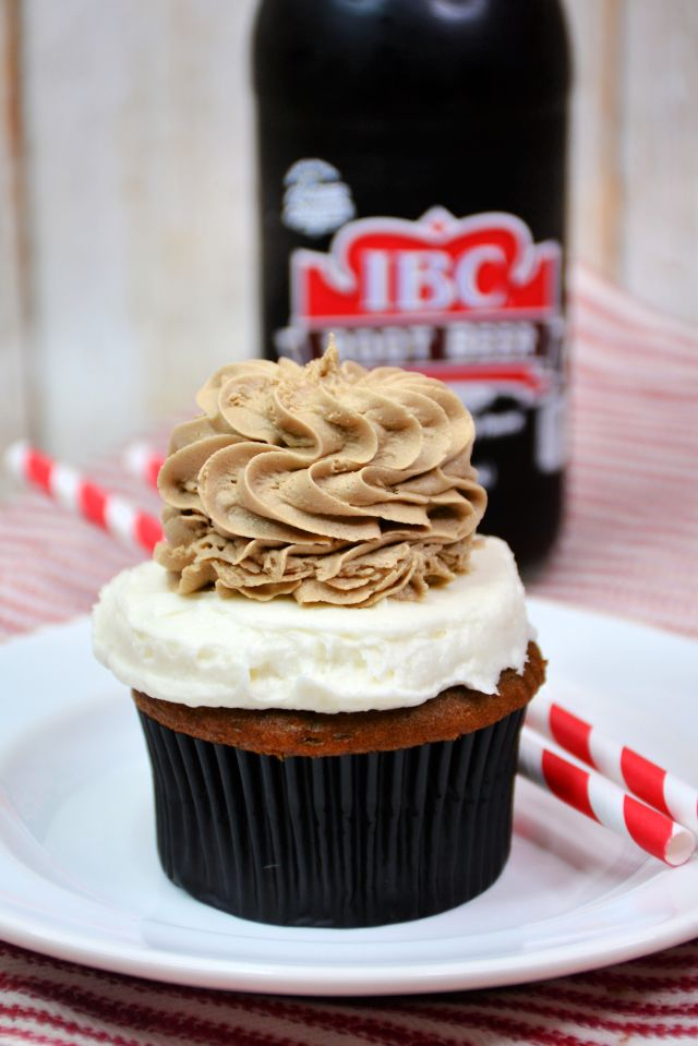 how to make Root Beer Float Cupcakes