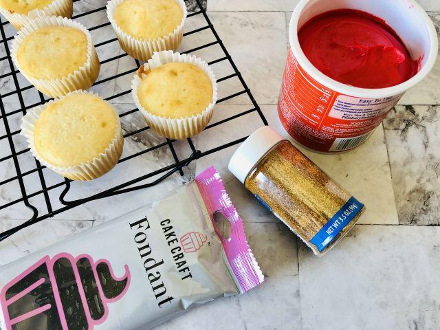 Santa Belt Cupcake Ingredients