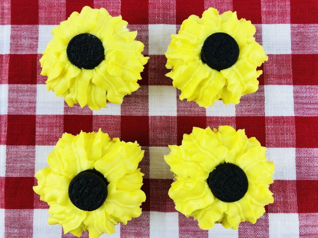 How to Make the Best Sunflower Cupcakes