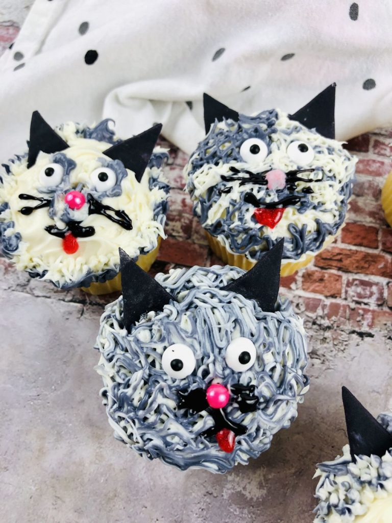 How to make cat cupcakes: